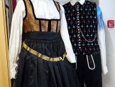 2018.03.03_11.08.14 Obleka z brokatnim životcem